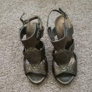 Paprika gladiator heels